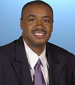 Former Golden State Warriors GM Rod Higgins is heading over to the Charlotte Bobcats.