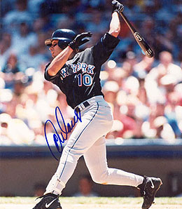 Jose Reyes is resembling Rey Ordonez a bit much these days.