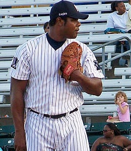 Armando Benitez is pitching lights out for the Newark Bears.