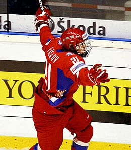 Nikita Filatov will try to resurrect his career with the Ottawa Senators.