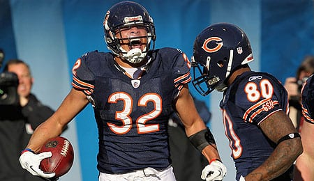 Kahlil Bell is getting touches for the Chicago Bears.