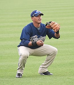 Everth Cabrera has been recalled by the San Diego Padres.