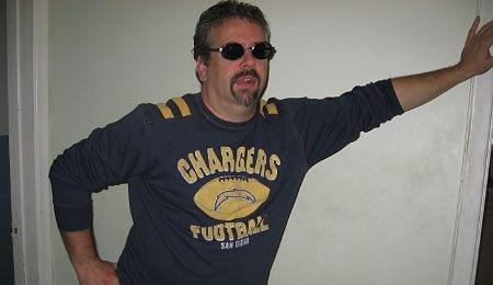 RotoRob flashes his #NFLfanStyle