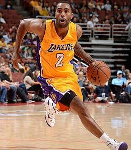 Wayne Ellington is lighting it up for the Los Angeles Lakers.