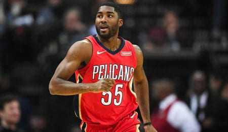 E'Twaun_Moore is piling up the points for the New Orleans Pelicans.